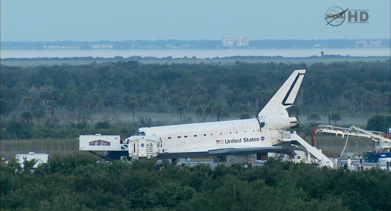 Atlantis about 30 minutes after final touchdown