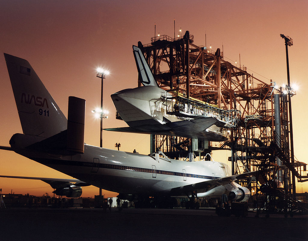 Atlantis being prepared to be mated to the Shuttle Carrier Aircraft