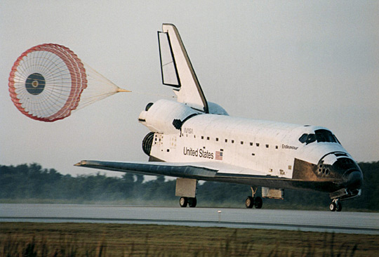 Endeavour brake chute deploys after touching down