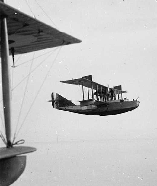 Felixstowe F.2A in flight.
