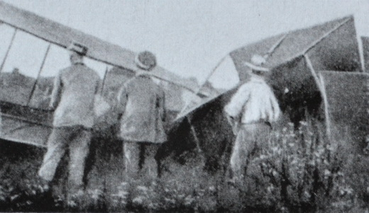 The Ca.1 was heavily damaged at the end of its first flight.