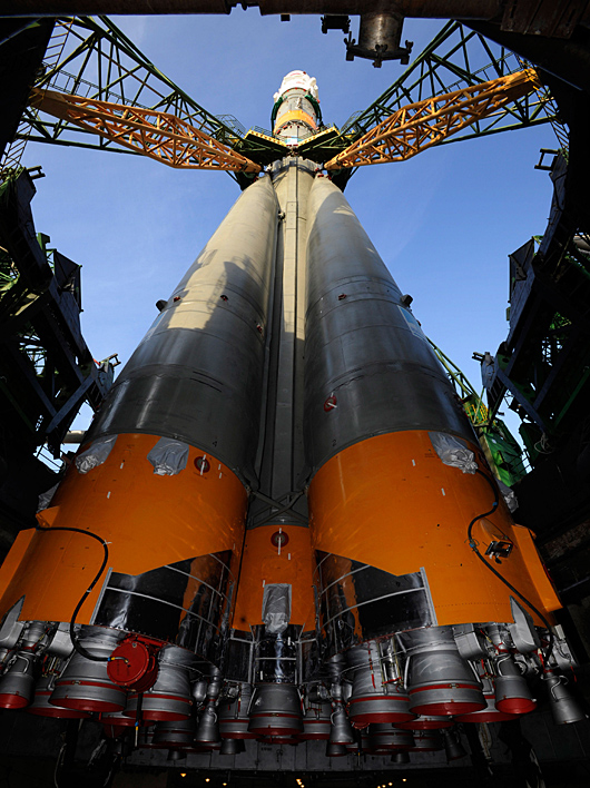 Soyuz TMA-13 erected at Baikonur Cosmodrome launch pad