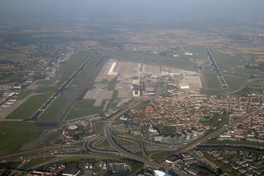 Brussels - National (Zaventem) - Melsbroek (BRU - EBBR - EBMB) AN1788412.jpg