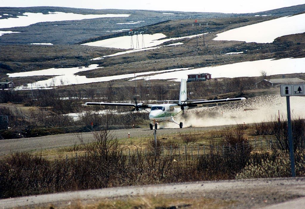 Båtsfjord Airport - Wikipedia