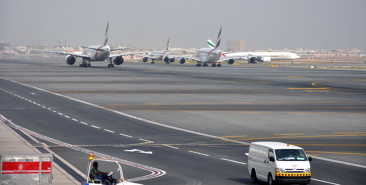 Aeroporto Kuwait : Dubai intl airport