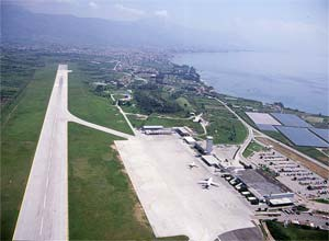 how to go to split airport to split bus terminal