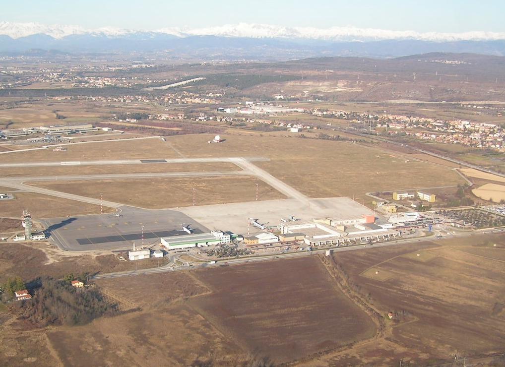 Aeroporto Ronchi Dei Legionari : Ronchi dei legionari airport