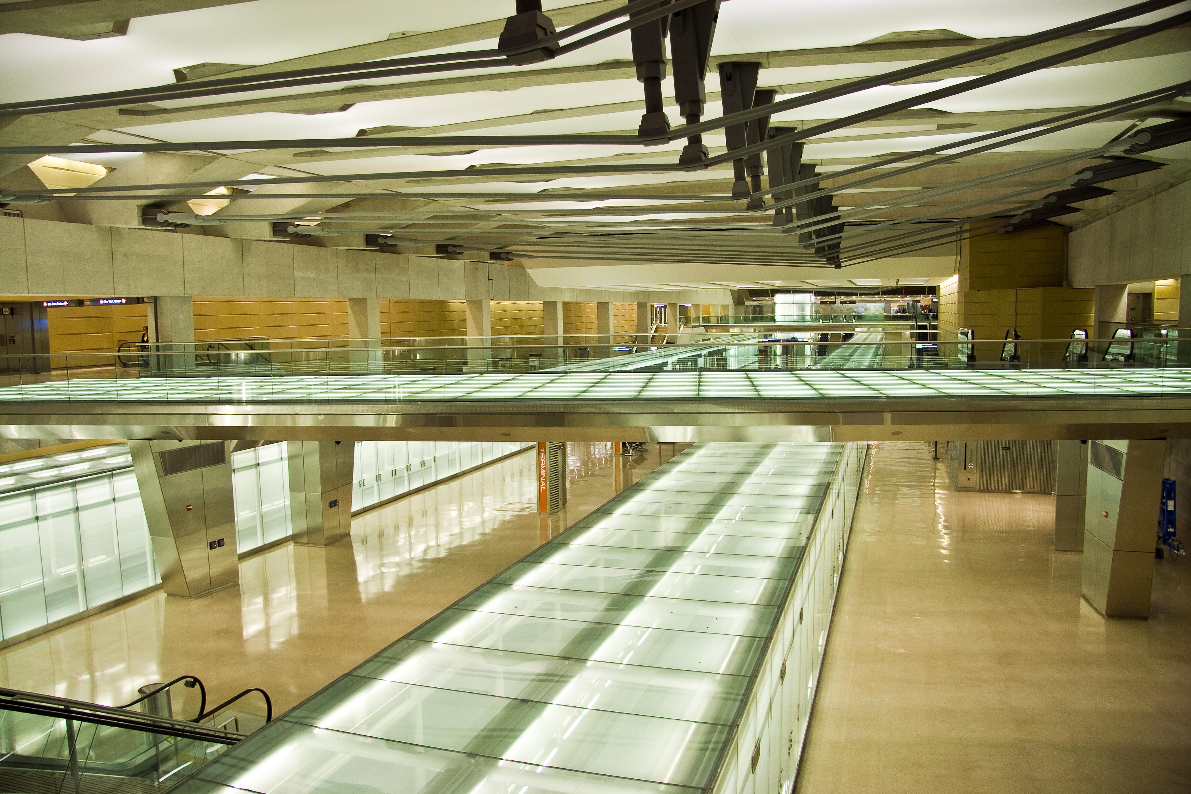 Aerotrain station Washington Dulles International Airport