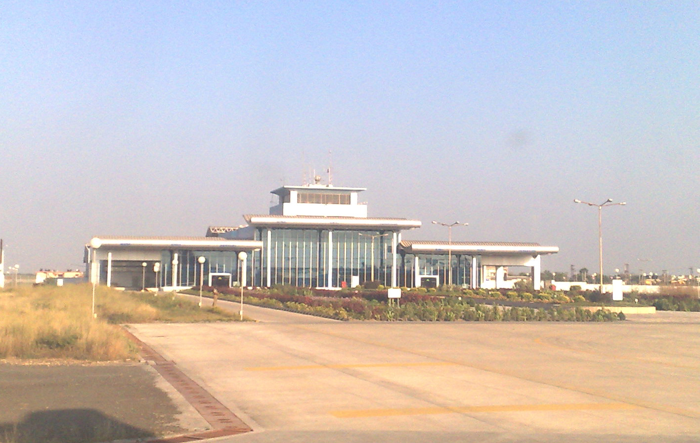 Porbandar India  city pictures gallery : New terminal at Porbandar Airport