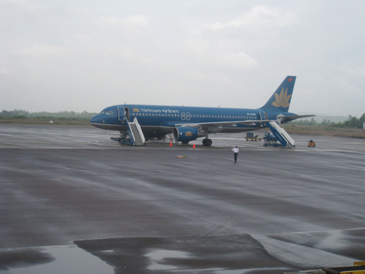 An Airbus A320 in Vietnam Airlines at Phu Cat Airport