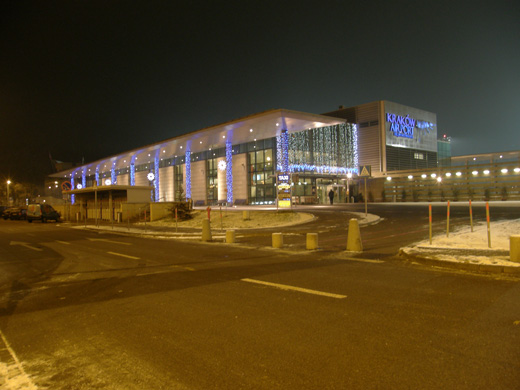 Entrance to the international terminal (2009)
