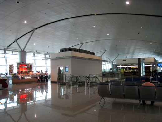 Tan Son Nhat International Airport Level 4 Concourse