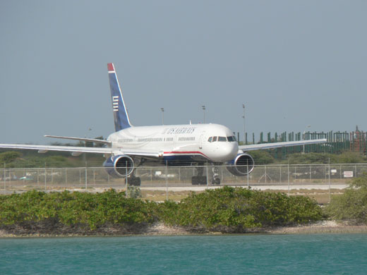US Airways Boeing 757 departing