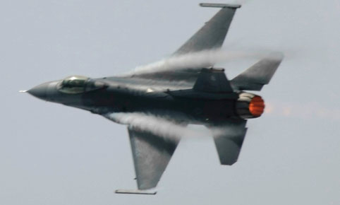 Transonic flow patterns on F-16 fighter aircraft