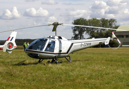 Enstrom 280FX Shark, an aerodynamically restyled Enstrom F-28 for the corporate market