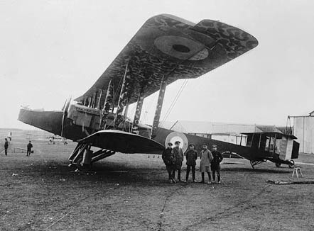 A Handley Page O/100 of the Royal Naval Air Service, 1918