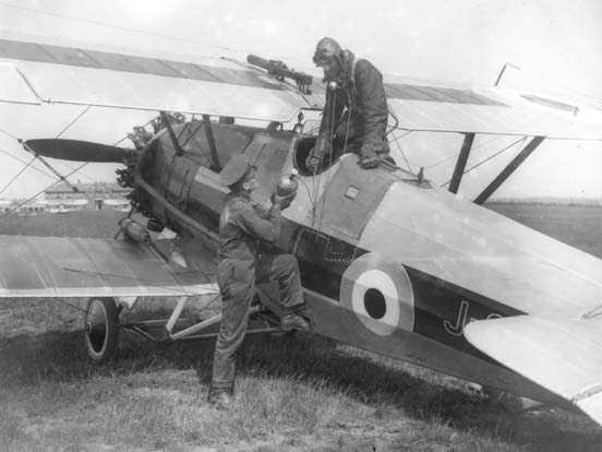 RAF Armstrong-Whitworth Siskin IIIa from No. 41 Squadron at Northolt being serviced with oxygen.