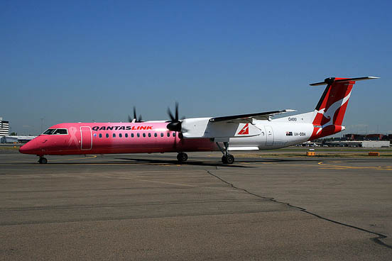 Qantaslink Q400 in special scheme to raise awareness for breast cancer.