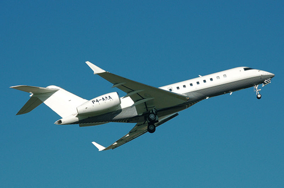 Bombardier Global Express takes off