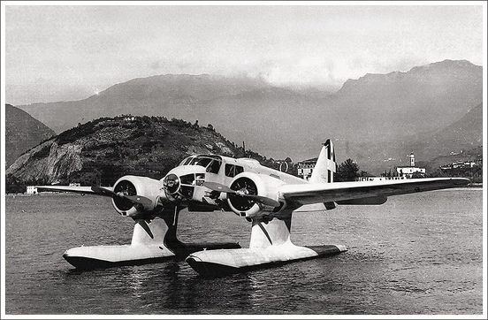 Caproni Ca.316 seaplane at its moorings.