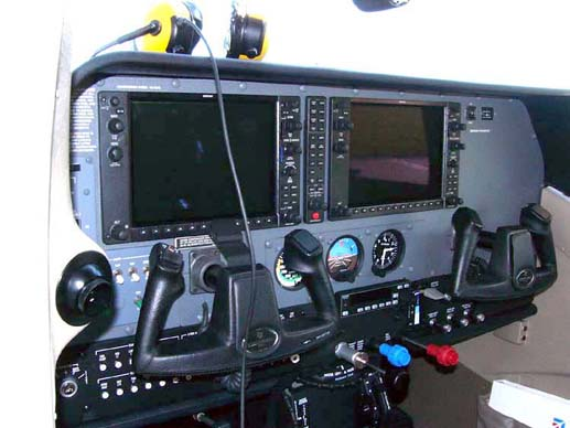 2005 model Cessna T206H Stationair instrument panel with the Garmin G1000