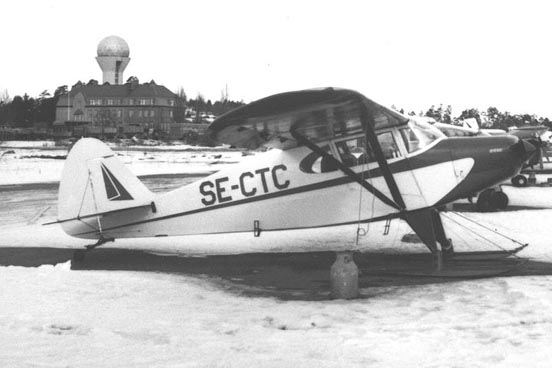 Ski-equipped PA-20 Pacer at Stockholm's Bromma Airport in March 1968