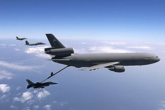 KC-10 Extender during refueling