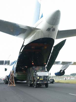 Container being lifted into the belly of an Antonov An-124