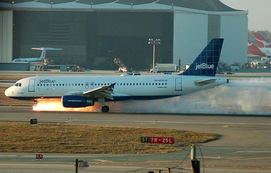 The A320 nose gear malfunction of JetBlue Airways Flight 292 at Los Angeles International Airport.