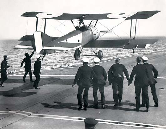 Sqn Cdr E. H. Dunning landing on HMS Furious in a Sopwith Pup