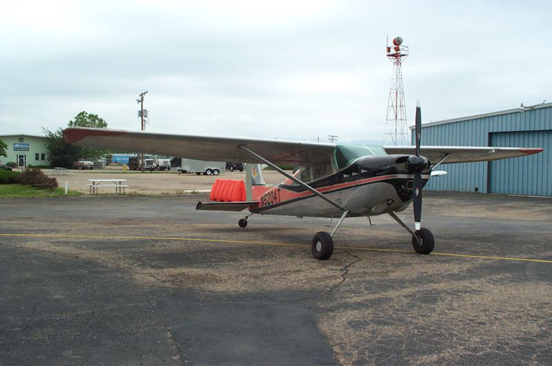 1960 Cessna 180 Skywagon