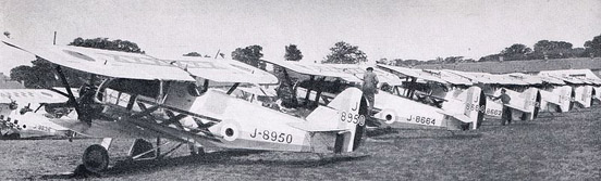 A lineup of 29 Squadron Siskins, late 1920s