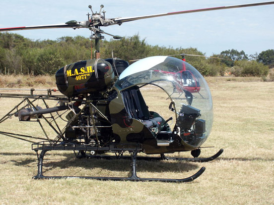 Bell 47G in M*A*S*H paint scheme.