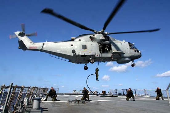 A Merlin HM1 from HMS Monmouth flight, 829 NAS, 2007.