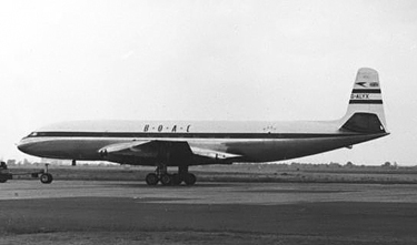 DH.106 Comet 1 of BOAC at London Heathrow on 2 June 1953