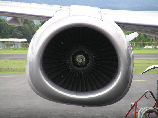 A Boeing 737-400 showing the non-circular inlet