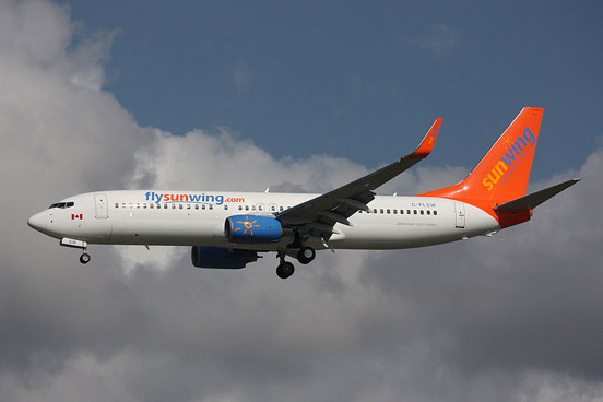 Sunwing Airlines Boeing 737-800