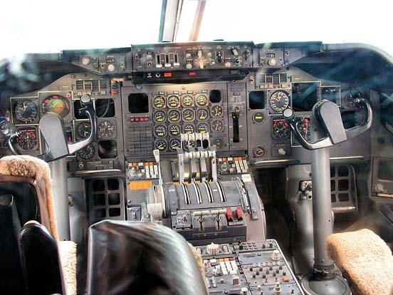 An early-production 747 cockpit, located on the upper deck