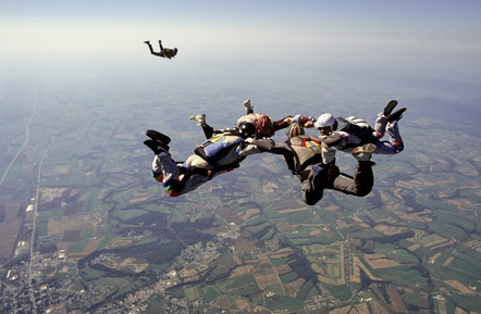 Typical free-fall formation