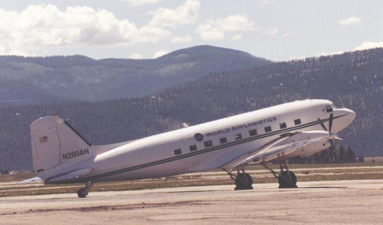 Basler BT-67 turboprop conversion of the DC-3 of World Air Logistics in 2000