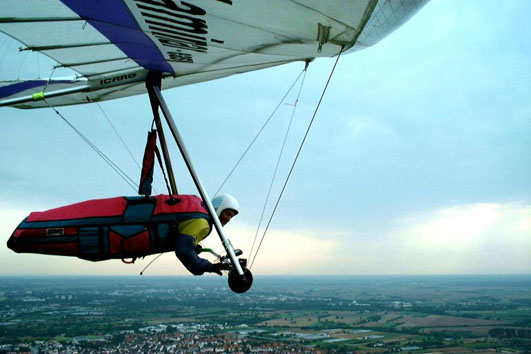 Modern 'flexible wing' hang glider.