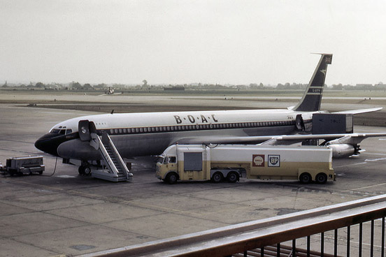 Conway-powered BOAC 707-436 at London Heathrow Airport in 1964.