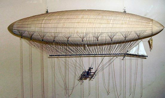 A model of the Giffard Airship at the London Science Museum.