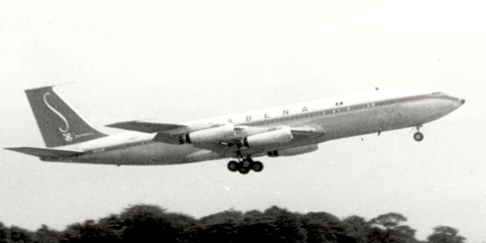 Early production Boeing 707-329 of Sabena in April 1960 retaining the original short tail-fin and no ventral fin