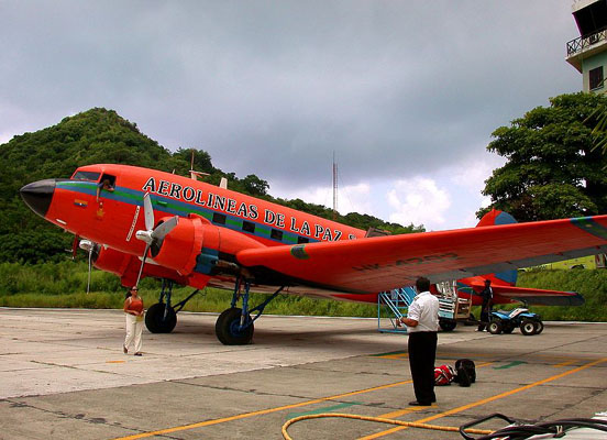 A C-47 of Colombian regional airline AeroPaz in 2003