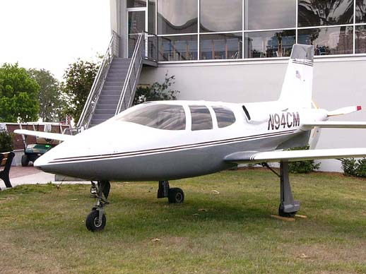 A Cirrus VK-30 kit aircraft