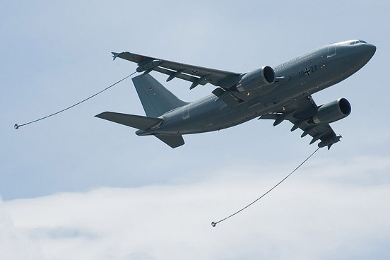 German Luftwaffe Airbus A310 MRTT ready for refueling, shown at the Paris Air Show 2007