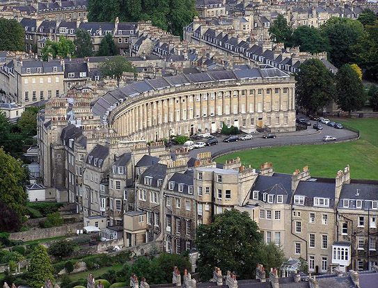 The Georgian terrace of Royal Crescent (Bath, England) from a hot air balloon