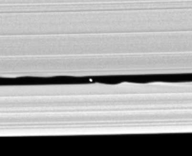 Discovery photograph of moon Daphnis