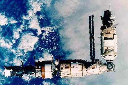 Mir following the arrival of Kvant-2 in 1989.